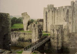 caerphilly-castle-1