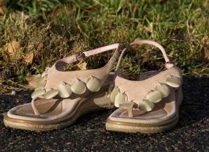 rosa sandaler från Clarkes