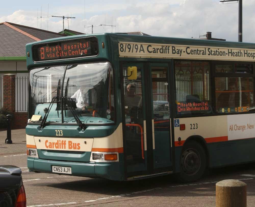 Cardiff buss